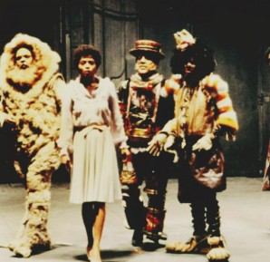 Cast of The Wiz in the 1978 film: Ted Ross, as the Cowardly Lion, Diana Ross as Dorothy, Nipsey Russel as the Tin Man, Michael Jackson as the Scarecrow and Richard Pryor as the Wiz.