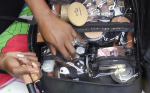 VIDEO: Whats In My MUA KIT